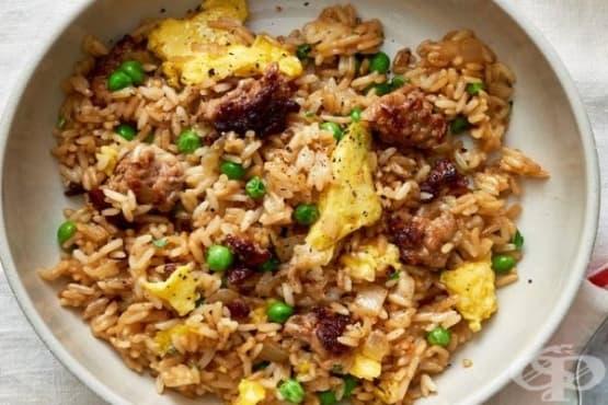 Пържен ориз с кайма и зеленчуци - изображение