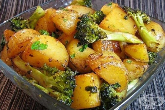 Печени картофи с броколи и соев сос - изображение