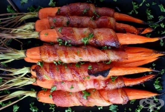 Печени моркови в бекон с медена глазура - изображение