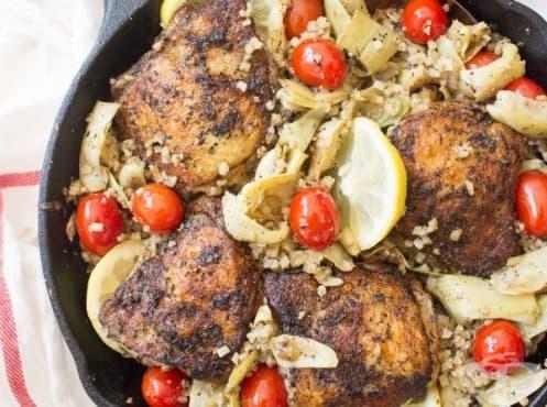 Пилешки бутчета на тиган с ориз от карфиол - изображение