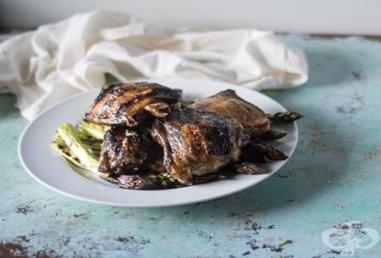 Печено пилешко месо на скара - изображение