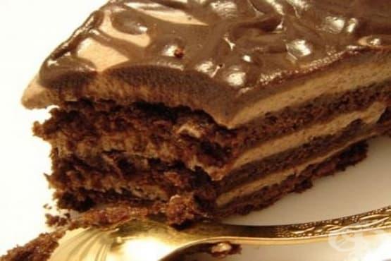 Пясъчна шоколадова торта със сметанов крем и глазура - изображение