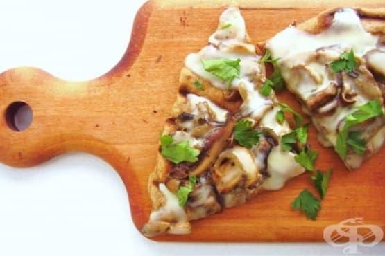 Гъбена пица с италианско сирене Таледжио на грил - изображение