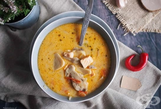Пикантна гъбена супа със сьомга - изображение