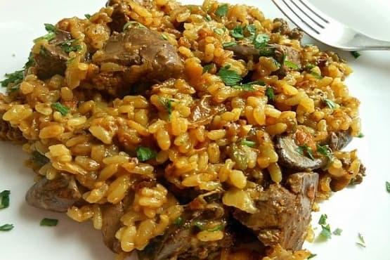 Пилешки дробчета с ориз на фурна - изображение