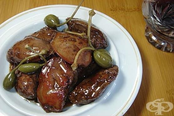Пилешки дробчета в карамелен сос от мед и червено вино - изображение