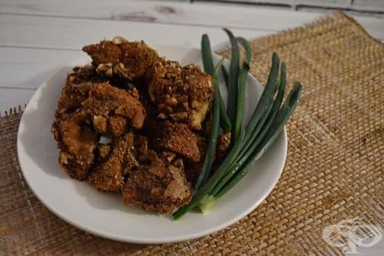 Пилешки хапки на фурна с овесено-орехова панировка - изображение