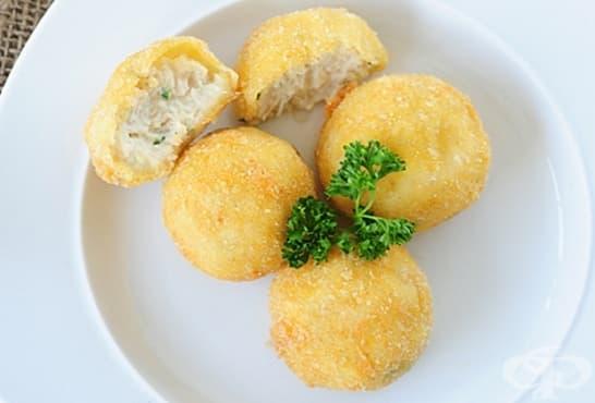 Пилешки крокети с картофи, магданоз и моцарела - изображение