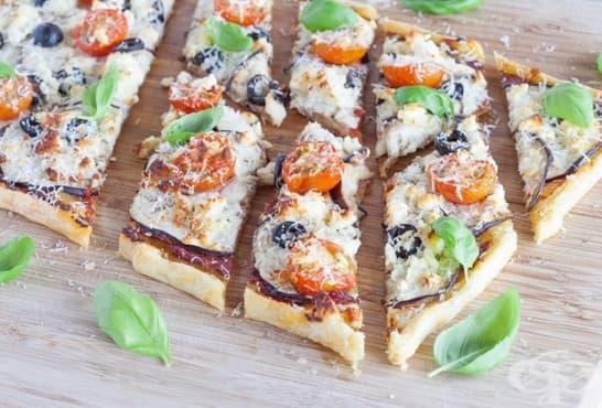 Пица с патладжани, домати и сирене - изображение