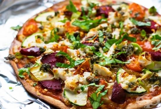 Тортила Пица с тиквички, домати и сирене - изображение