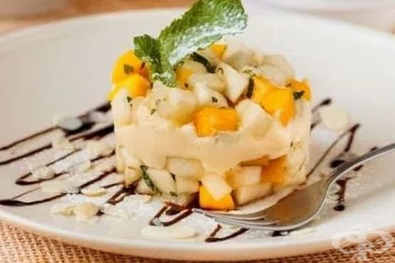 Плодов десерт с маскарпоне и сметана - изображение