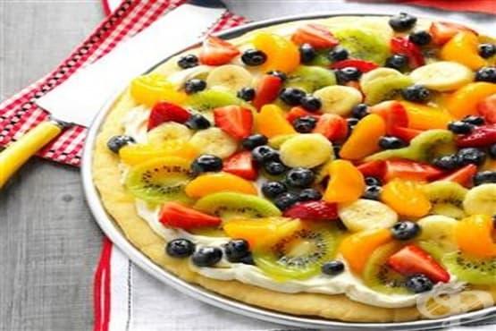 Плодова пица с крема сирене - изображение