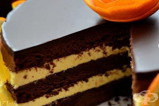 Сиропирана торта с черен шоколад, портокалов крем и глазура - изображение