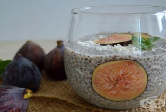 Пудинг с чиа, кокос и смокини - изображение