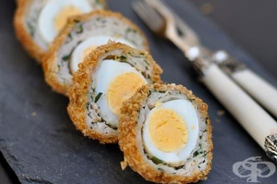 Пъдпъдъчи яйца с пилешко в хрупкава панировка - изображение