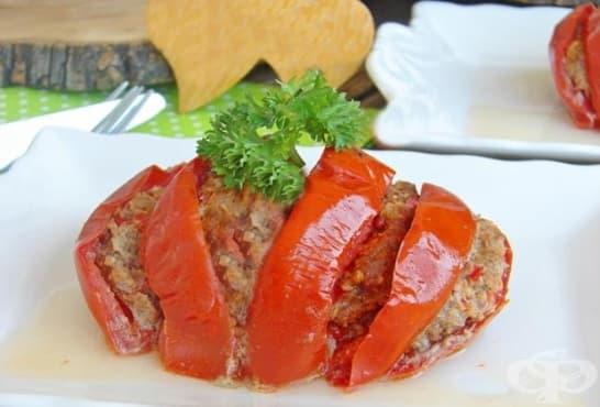 Печени домати с кайма и кашкавал - изображение
