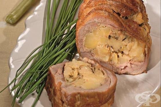 Пълнено телешко с картофи и лук - изображение