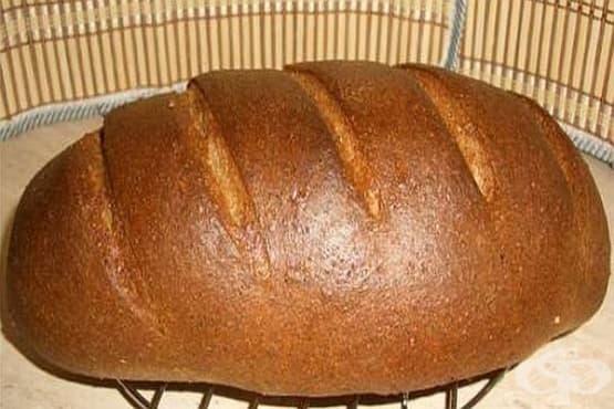 Пълнозърнест пшеничен хляб с трици - изображение