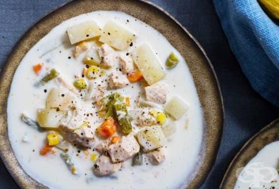 Млечна яхния с пиле, картофи и зеленчуци - изображение