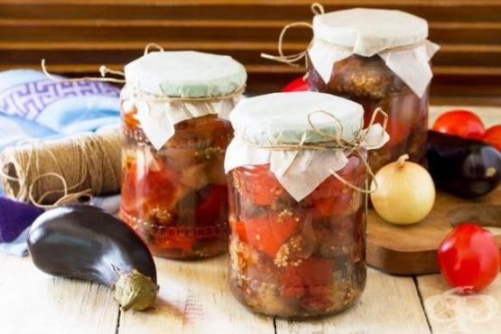 Рецепти за консерва от патладжани с чушки - изображение