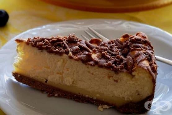 Шоколадов чийзкейк с ванилов пудинг - изображение
