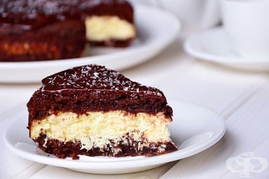 Шоколадова торта с извара и кокос - изображение