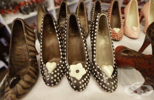 Шоколадови дизайнерски обувки - изображение
