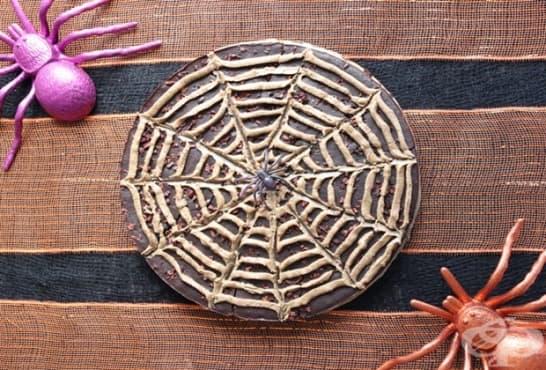Какаов сладкиш с лешников крем - изображение