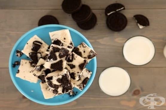Сладки със слепени бисквити - изображение