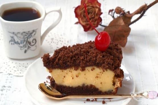 Сметанов сладкиш с извара и какао - изображение