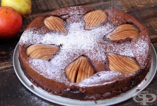 Сладкиш с бадеми, круши и шоколад - изображение