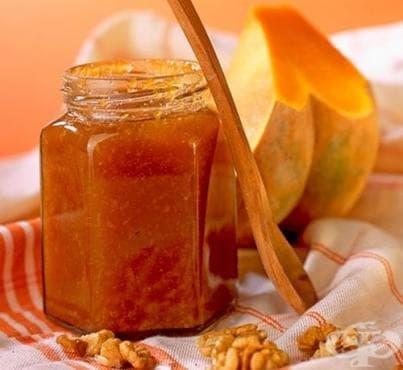 Сладко от тиква с орехи - изображение