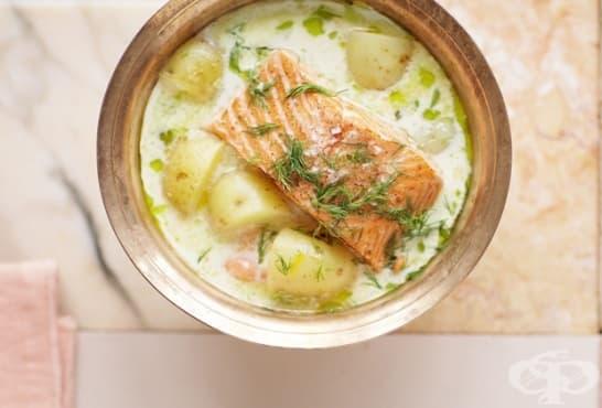 Сметанова яхния с пресни картофи и сьомга - изображение