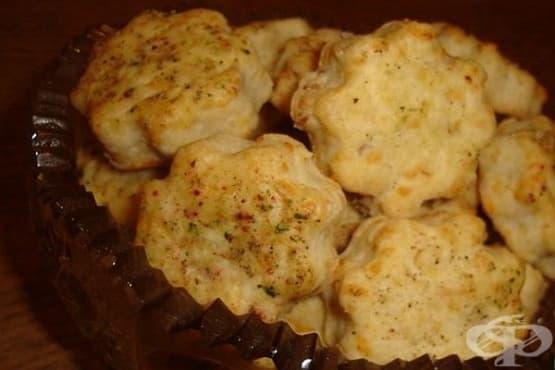 Соленки със сирене и орехи - изображение