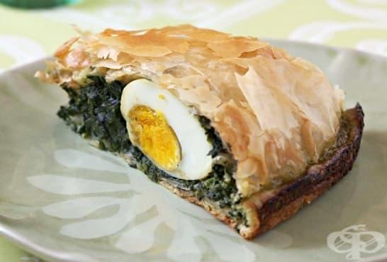 Спаначен тарт с яйца - изображение