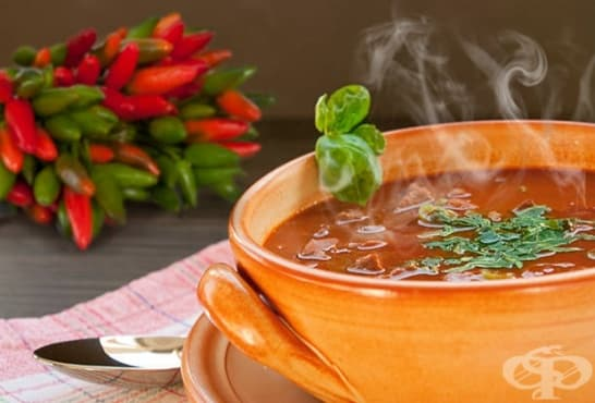 Люта супа със спанак и босилек - изображение
