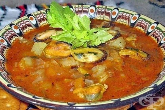 Супа от миди с боб и картофи - изображение