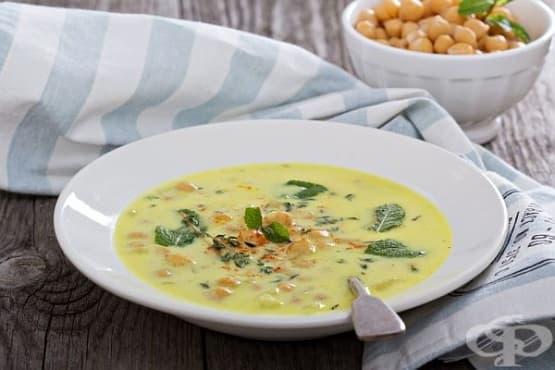 Супа от нахут с шафран и чесън - изображение