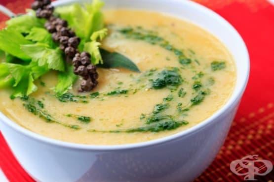 Супа от тиква с цветно зеле - изображение