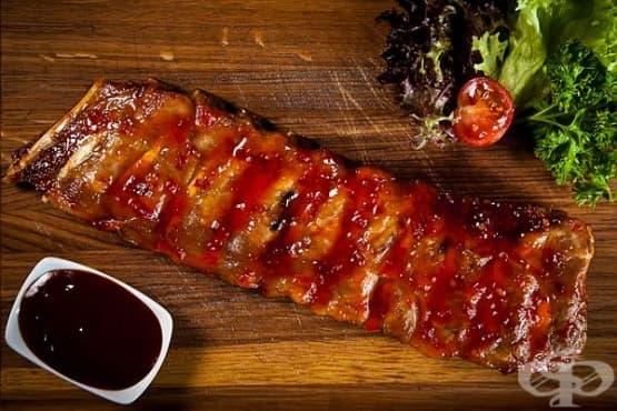 Свински ребра с боровинково-портокалов сос - изображение