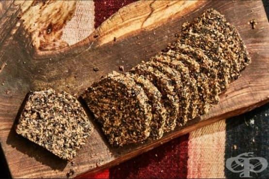Таханов хляб със семена - изображение