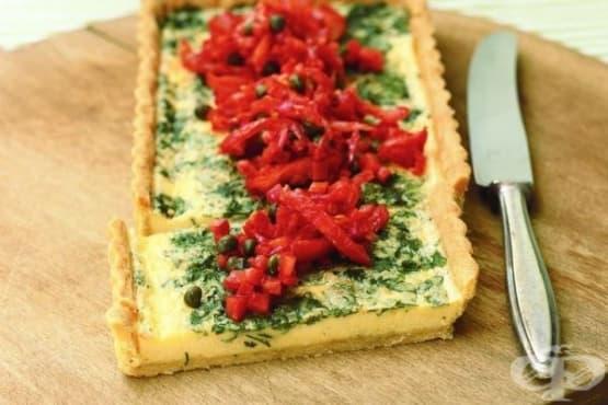 Тарт с див лук и доматена салса с чушки - изображение