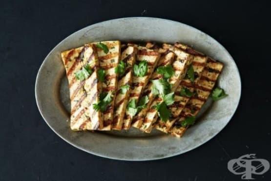 Печено тофу с фъстъчено масло и мед - изображение