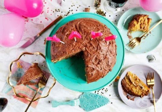 Празнична торта с фъстъчено масло и крем кафе - изображение