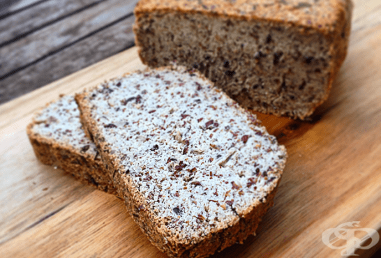 Веган хляб с кокос и семена - изображение
