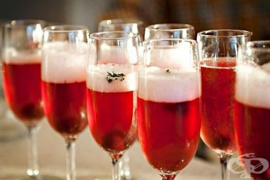 Вишнево шампанско с мащерка - изображение