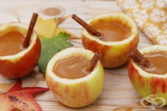 Ябълки със сайдер и канела - изображение