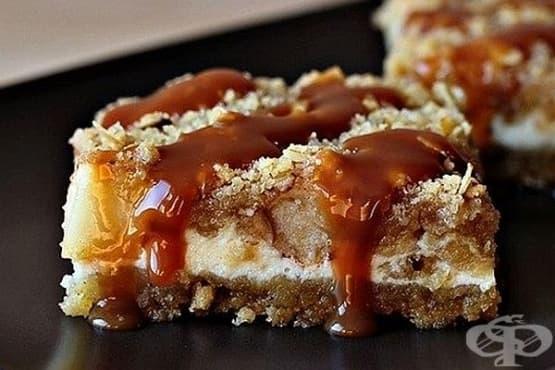 Ябълков чийзкейк с овесени ядки и карамел - изображение