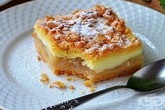 Ябълков сладкиш с млечен крем - изображение