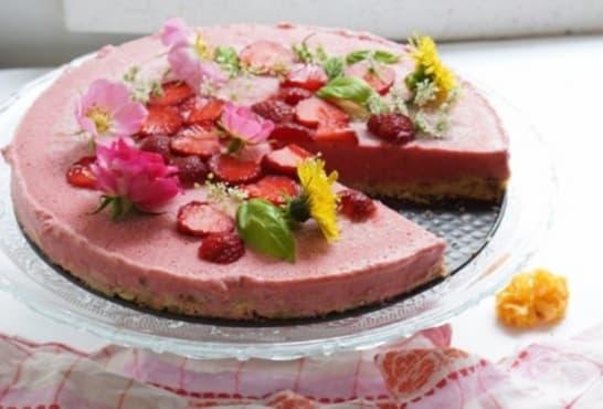 Замразен ягодов кейк - изображение